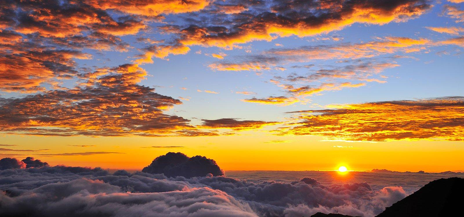 haleakala-sunrise-sunset-times_1600_750_85_s_c1_c_c_0_0.jpg.pagespeed.ce.B8sCfohChz
