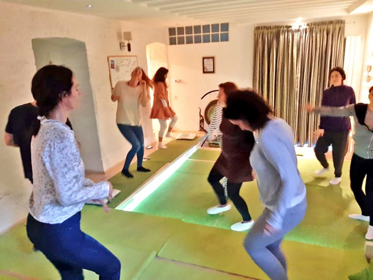 osmomartovski-oslobadjajuci-ples (10)