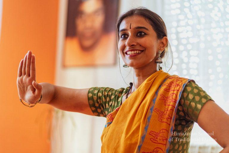 kurs-indijskog-plesa (1)